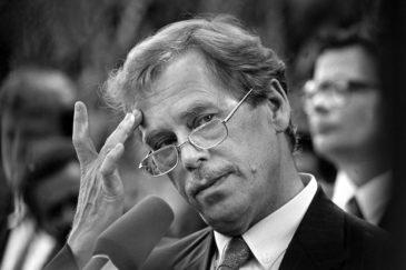 Prezydent Czech, Vavlav Havel - jeden z zasłużonych gości Hotelu Europejskiego