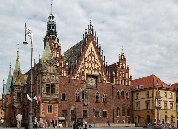 Ciekawe miejsca - Ratusz na rynku we Wrocławiu